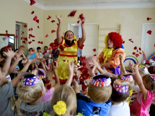 Оформление праздника в детском саду
