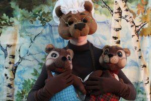 Два непослушных медвежонка