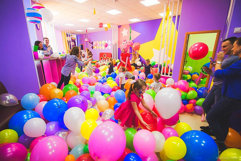 Фейеверк с воздушными шарами на День рождения ребенка 5 лет