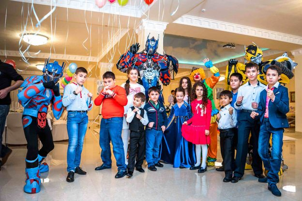 Конкурсы на День рождения ребёнка 12-14 лет дома