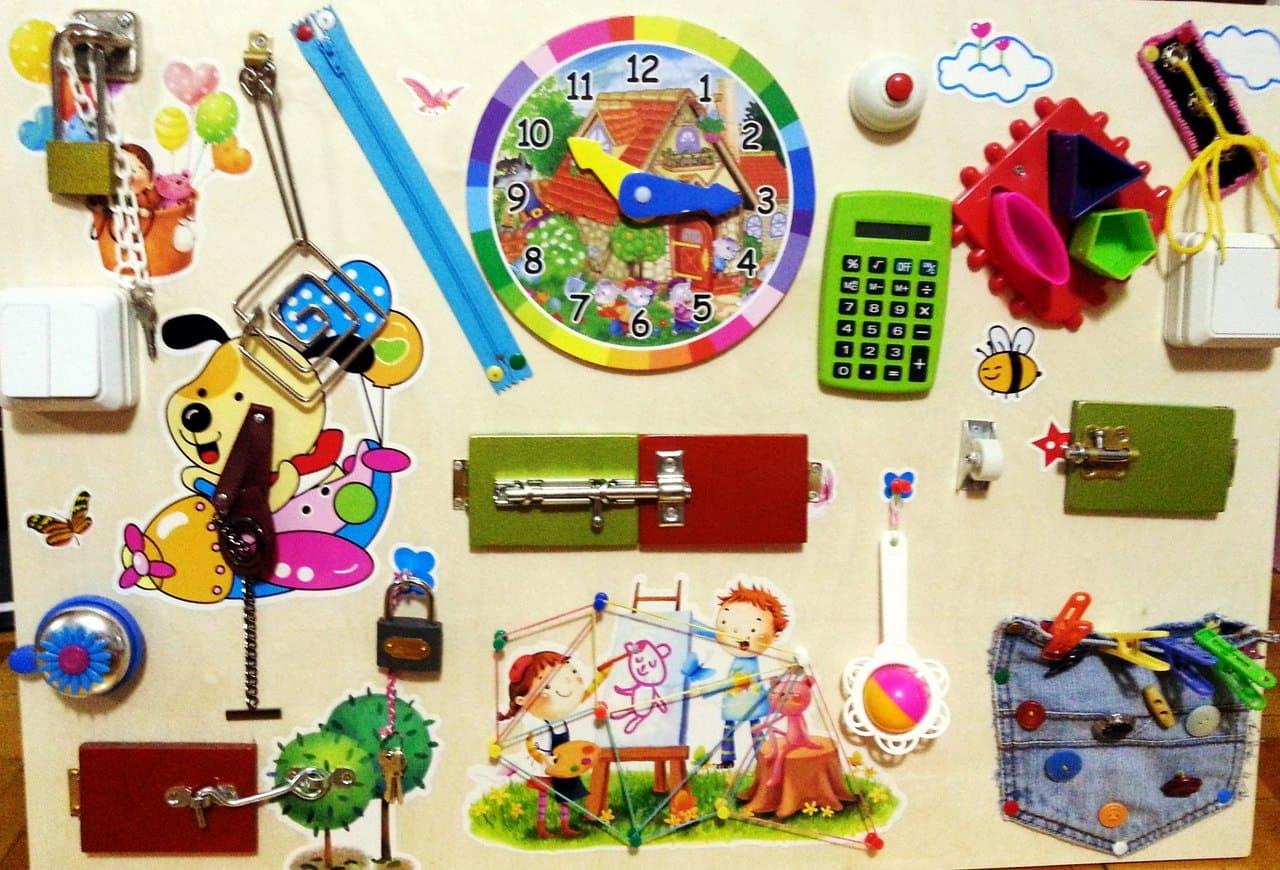 Бизиборд в качестве подарка ребёнку 1 год на День рождения