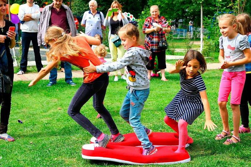 Догонялки конкурс для детей на улице