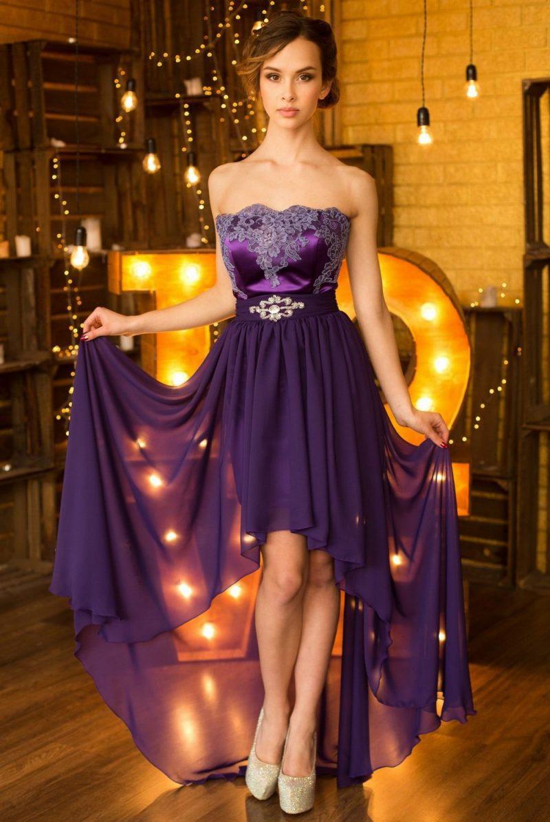 красивое платье со шлейфом на выпускной 2021