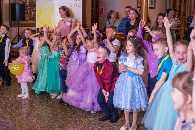 празднование выпускного в детском саду на современный лад