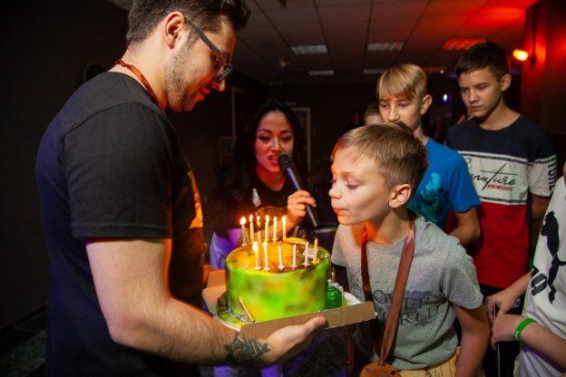 День рождения мальчика 10 лет
